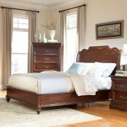 Signature Sleigh Bed