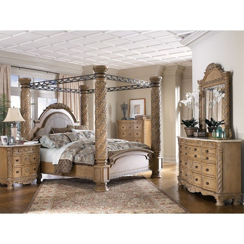 South Coast Poster Canopy Bedroom Set Millennium | Furniture Cart