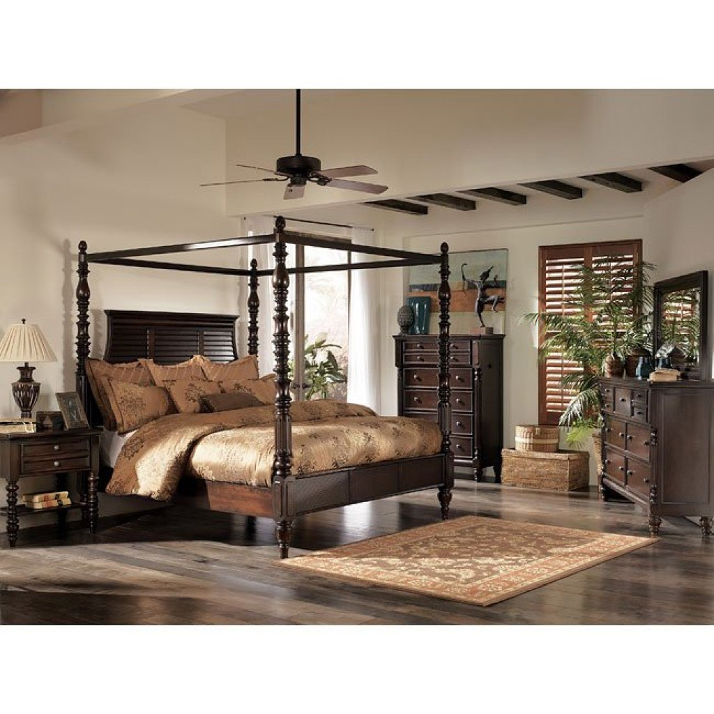 Key Town Canopy Bedroom Set Millennium | Furniture Cart