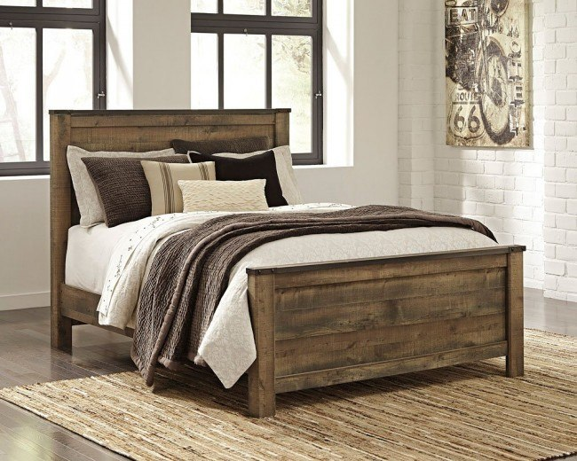 Trinell Panel Bed